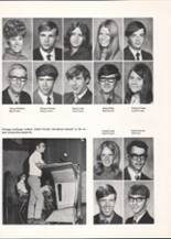 1971 Hutchinson High School Yearbook Page 32 & 33