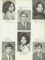 1970 Sequoyah High School Yearbook Page 32 & 33