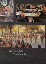 1975 Moscow High School Yearbook Page 32 & 33