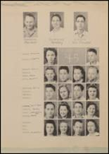 1943 Lindale High School Yearbook Page 32 & 33