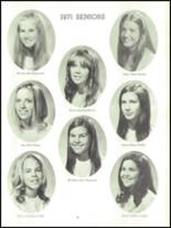 1971 Harpeth Hall School Yearbook Page 38 & 39