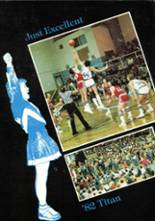 1982 Yearbook Lewis Central High School