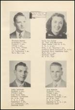 1952 Oilton High School Yearbook Page 22 & 23