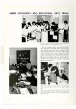 1961 Roanoke High School Yearbook Page 18 & 19