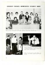 1961 Roanoke High School Yearbook Page 32 & 33